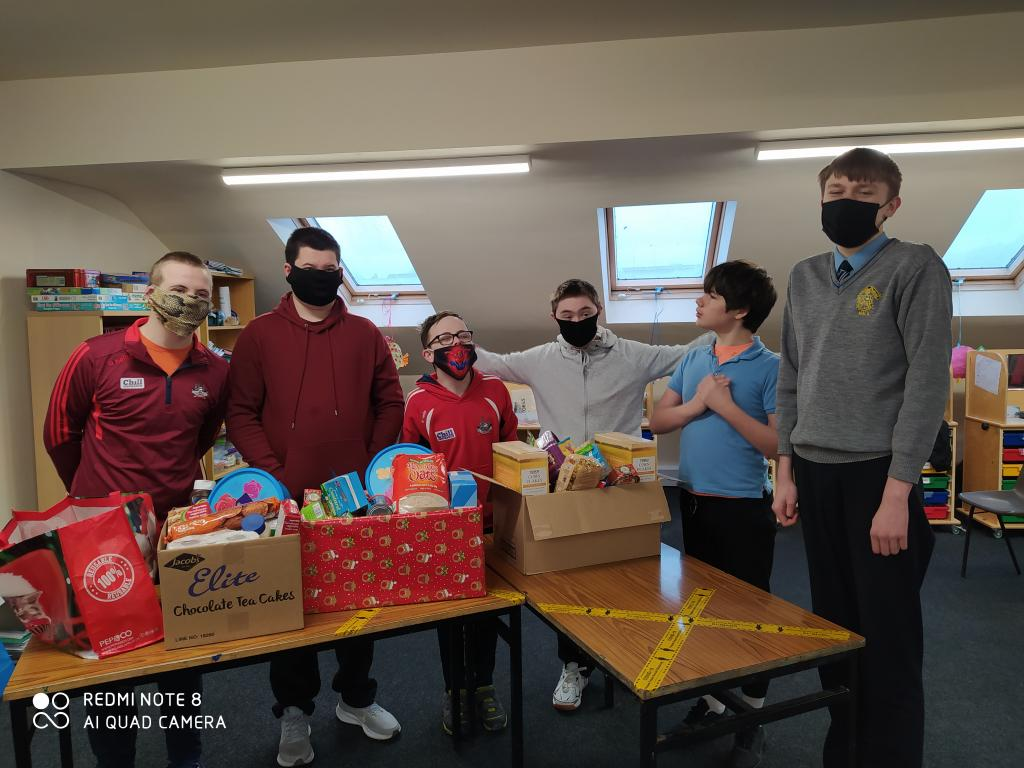 Naomh Padraig and Naomh Eanna's collection for the St Vincent de Paul hamper appeal